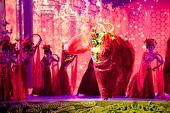 Οι χορευτές παλατιών--Ιστορικός μαγικός ο μαγικός δράματος τραγουδιού και χορού ύφους - Gan Po Στοκ Εικόνα