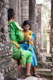 Οι χορευτές που προετοιμάζονται στο khmer χορό Apsara παρουσιάζουν, Καμπότζη Στοκ Φωτογραφίες