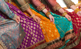 Οι χορευτές Bollywood ντύνουν Στοκ Φωτογραφία