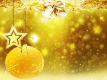 Οι χρυσές κίτρινες διακοσμήσεις αστεριών χιονιού ελαφιών σφαιρών καρδιών Χριστουγέννων υποβάθρου θολώνουν το νέο έτος απεικόνισης Στοκ Εικόνα