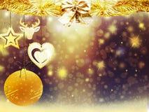 Οι χρυσές κίτρινες διακοσμήσεις αστεριών χιονιού σφαιρών ελαφιών καρδιών Χριστουγέννων υποβάθρου θολώνουν το νέο έτος απεικόνισης Στοκ Εικόνες