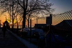 Οι ψαράδες προφυλάσσουν στην παλαιά μαρίνα Στοκ εικόνα με δικαίωμα ελεύθερης χρήσης