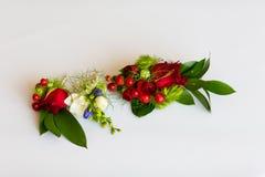 Οι όμορφοι γαμήλιοι νεόνυμφοι ανθίζουν τη λεπτομέρεια στοκ εικόνα