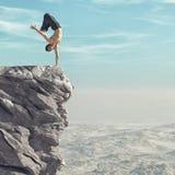 Οι sportman ασκήσεις τύπων στην κορυφή του mountaint διανυσματική απεικόνιση