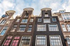Ολλανδικά rowhouses στο Άμστερνταμ Στοκ Εικόνες
