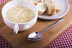 ολλανδική σούπα mustartd Στοκ Εικόνες