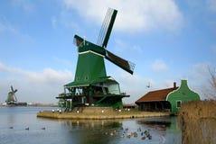 ολλανδικοί ανεμόμυλοι Στοκ εικόνα με δικαίωμα ελεύθερης χρήσης