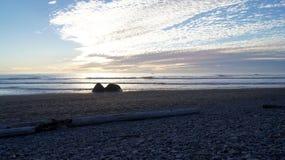ΟΛΥΜΠΙΑΚΟ ΕΘΝΙΚΟ ΠΑΡΚΟ, ΗΠΑ, στις 3 Οκτωβρίου 2014 - ροδοκόκκινη παραλία κοντά στο Σιάτλ - την Ουάσιγκτον Στοκ Εικόνες
