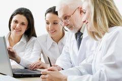 ομάδα ιατρικής Στοκ Φωτογραφίες