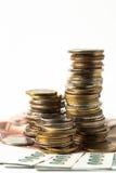 Ομάδα νομίσματος και τραπεζογραμματίου που απομονώνονται στο λευκό Στοκ Εικόνες