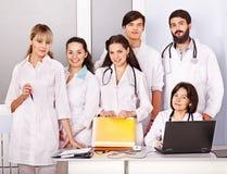 ομάδα νοσοκομείων γιατρών στοκ φωτογραφία με δικαίωμα ελεύθερης χρήσης