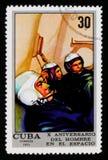 Ομάδα σε έναν προσομοιωτή πτήσης, 10 έτη διαστημικής πτήσης Crewed serie, κουβανικό circa 1971 Στοκ εικόνα με δικαίωμα ελεύθερης χρήσης