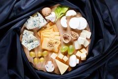 ομάδα τυριών στοκ εικόνα με δικαίωμα ελεύθερης χρήσης