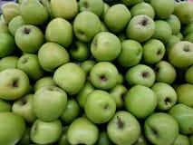 Ομάδα φρέσκων υγιών πράσινων μήλων Στοκ Φωτογραφία