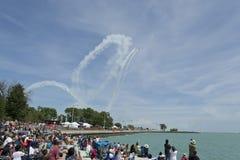 Ομάδα Aerobatic Aeroshell σε Airshow στοκ εικόνα με δικαίωμα ελεύθερης χρήσης