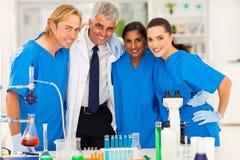 Ομάδα επιστημόνων στοκ φωτογραφία με δικαίωμα ελεύθερης χρήσης