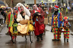 Ομάδα κλόουν στην παρέλαση καρναβαλιού, Στουτγάρδη στοκ εικόνες