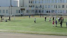 Ομάδα ποδοσφαίρου παιδιών ` s στον τομέα φιλμ μικρού μήκους