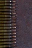 Ομάδα πυρομαχικών που τοποθετείται γεωμετρικά στις σειρές Στοκ φωτογραφία με δικαίωμα ελεύθερης χρήσης