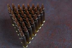 Ομάδα πυρομαχικών που τοποθετείται γεωμετρικά Στοκ εικόνα με δικαίωμα ελεύθερης χρήσης