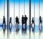 Ομάδα σκιαγραφιών αστικής έννοιας σκηνής επιχειρηματιών Στοκ φωτογραφία με δικαίωμα ελεύθερης χρήσης