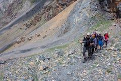 Ομάδα σκληρού περιπάτου ορειβατών Στοκ φωτογραφία με δικαίωμα ελεύθερης χρήσης