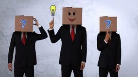 Ομάδα του κρύβοντας κεφαλιού επιχειρηματιών με το κιβώτιο απεικόνιση αποθεμάτων