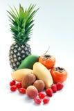 Ομάδα τροπικών φρούτων από την Ταϊλάνδη που απομονώνεται στο άσπρο υπόβαθρο Στοκ Εικόνες