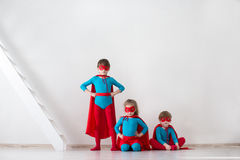 Ομάδα των superheroes Παιδιά superheroes Στοκ εικόνες με δικαίωμα ελεύθερης χρήσης