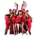 Ομάδα χορευτών που φορά παραδοσιακό flamenco Στοκ Εικόνα
