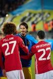 Ομάδες χαιρετισμού - Marouane Fellaini και Henrikh Mkhitaryan MU Στοκ Εικόνα