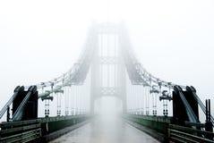ομίχλη γεφυρών Στοκ Φωτογραφίες