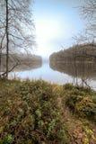 Ομίχλη στη λίμνη φθινοπώρου Στοκ φωτογραφίες με δικαίωμα ελεύθερης χρήσης