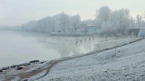 Ομίχλη πρωινού το χειμώνα φιλμ μικρού μήκους