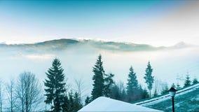 Ομίχλη στα βουνά απόθεμα βίντεο
