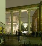 Ομίχλη τη νύχτα στο SAN Lorenzo arcade, Μιλάνο Στοκ Φωτογραφίες