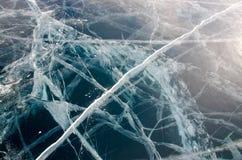 Ομαλός διαφανής πάγος της λίμνης Baikal στοκ εικόνα