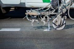 Ομαδική εργασία: Δρόμος ασφάλτου πεζοδρομίων που χαρακτηρίζει το χρώμα και Στοκ εικόνα με δικαίωμα ελεύθερης χρήσης