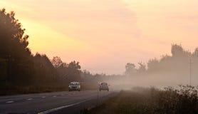 ομιχλώδες πρωί ttraffic Στοκ εικόνες με δικαίωμα ελεύθερης χρήσης
