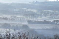 Ομιχλώδης κοιλάδα στη νότια Ουαλία, UK στοκ φωτογραφίες