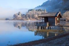 Ομιχλώδες πρωί στο schliersee λιμνών, ανώτερη Βαυαρία Στοκ Εικόνες