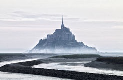 Ομιχλώδης άποψη του Saint-Michel στοκ φωτογραφία με δικαίωμα ελεύθερης χρήσης