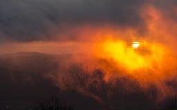 ομιχλώδης στην πυρκαγιά στοκ φωτογραφίες με δικαίωμα ελεύθερης χρήσης