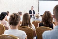 Ομιλία στη διάσκεψη Στοκ εικόνα με δικαίωμα ελεύθερης χρήσης