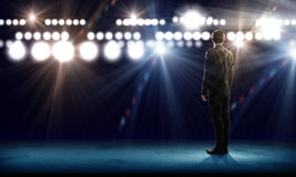 Ομιλητής στη σκηνή Στοκ φωτογραφία με δικαίωμα ελεύθερης χρήσης