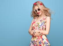 Ομορφιά μόδας Αισθησιακό ξανθό πρότυπο Θερινή εξάρτηση Στοκ Εικόνες