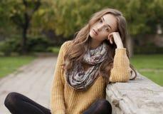 Ομορφιά μόδας φθινοπώρου Στοκ Φωτογραφίες