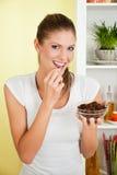 ομορφιά που τρώει τις νε&omicro στοκ εικόνες με δικαίωμα ελεύθερης χρήσης