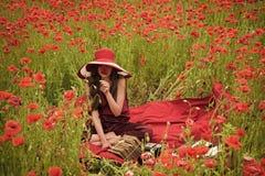 Ομορφιά προσώπου γυναικών Δημοσιογραφία και γράψιμο, καλοκαίρι στοκ φωτογραφίες με δικαίωμα ελεύθερης χρήσης