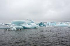 Ομορφιές της Ισλανδίας, παγωμένες συστάδες πάγου Στοκ φωτογραφία με δικαίωμα ελεύθερης χρήσης